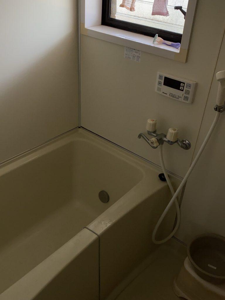 会津若松市でお風呂水漏れで修理にお伺いしました。