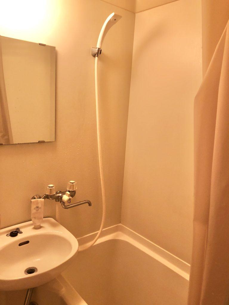 福島県原町市で浴室の蛇口水漏れ修理を行いました。